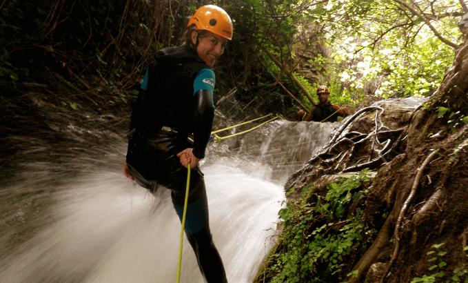 Barranquismo en andalucia turismo en malaga