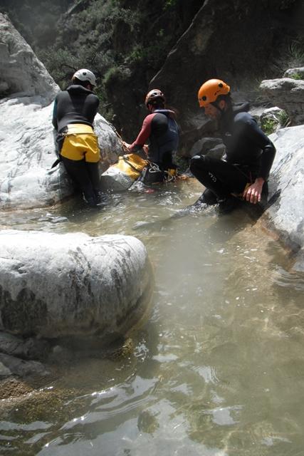 Barranco Lentegi Rapel de 23 metros barranquismo en granada