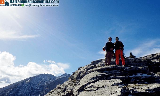 Ruta de senderismo, vistas del pico Torrecilla